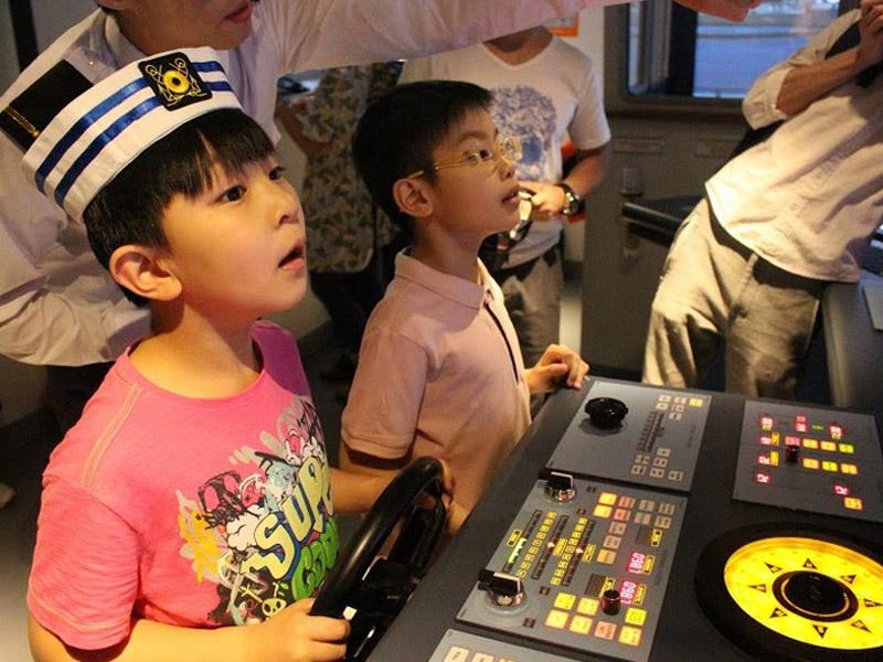 【入場唔貴超好玩】激新船舶模擬駕駛室